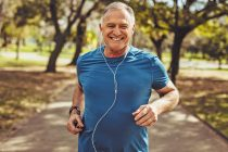6 ways to strengthen your lungs
